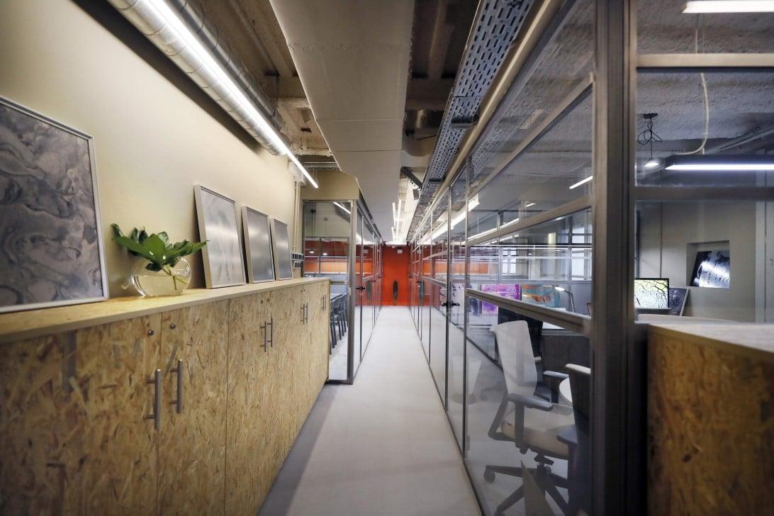 mobiliario oficinas y revestimientos impacthub